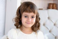 Stående av en liten flicka Royaltyfri Fotografi