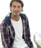 Stående av en lyckad grabb i en kontrollerad skjorta Royaltyfria Foton