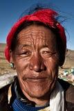 Stående av en man från Shigaste, Tibet Royaltyfri Fotografi