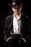 Stående av en pojke i en bild av gangster arkivfoton