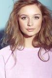 Stående av en tonårs- flicka Arkivfoto