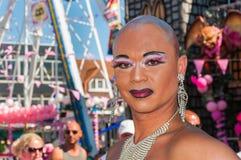 Stående av en transvestit Arkivfoto
