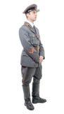 Stående av en ung tjänsteman av den sovjetiska armén som isoleras på whit arkivfoton