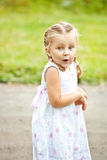 Stående av känslomässigt liten flicka Royaltyfri Fotografi