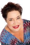 Stående av kvinnan med att le för kort hår arkivbild