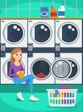 Stående av kvinnan med korgen av kläder i tvätteri Royaltyfri Illustrationer