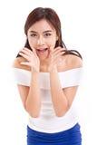 Stående av kvinnan som talar och att ropa, meddela som berättar till dig Fotografering för Bildbyråer