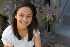 Stående av le som är tonårigt Fotografering för Bildbyråer