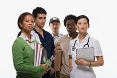 Stående av mannen och sjuksköterskan för leverans för läraremekanikerbrevbärare arkivbilder