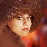 Stående av modekvinnan Royaltyfri Foto