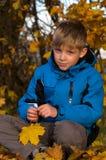 Stående av pojken Arkivfoto