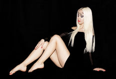 Stående av ren whit för blond lång makeup för rakt hår härlig Arkivfoto