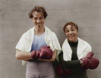 Stående av två boxare (alla visade personer inte är längre uppehälle, och inget gods finns Leverantörgarantier att det ska finnas Fotografering för Bildbyråer