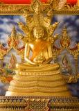 Stående Buddha Royaltyfri Foto