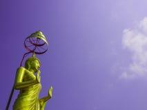 Stående Buddhastaty Arkivfoto