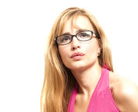 Stående för Eyewearexponeringsglaskvinnlig Blont härligt bära för kvinna Royaltyfria Bilder