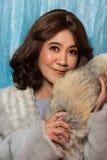 stående för kvinna för gammalt mode för 50-tal60-talår asiatisk fotografering för bildbyråer