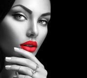 Stående för skönhetmodekvinna royaltyfri fotografi