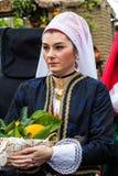 Stående i Sardinian dräkt Royaltyfri Bild