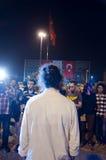 STÅENDE MANPROTEST I ISTANBUL - TURKIET Royaltyfri Fotografi