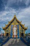 Stående vit Buddha Royaltyfria Foton