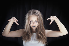 Ståenden av en flicka klädde för allhelgonaaftonberöm royaltyfri foto