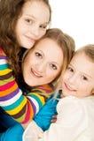 Ståenden av lyckliga barn och fostrar Arkivfoton