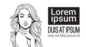 Ståenden skissar den attraktiva kvinnlign för den härliga kvinnan med långt hår över vit bakgrund med kopieringsutrymme royaltyfri illustrationer