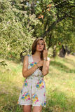 StåendeUkrain flicka Royaltyfria Bilder