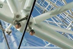 stål för arkitekturdetaljexponeringsglas Royaltyfria Bilder