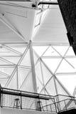 Stål- och exponeringsglasmaskeringen Arkivfoton