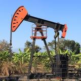 Stålar för olje- pump (sugorganet Rod Beam) Arkivfoto