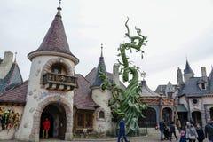 Stålar och bönstjälk i parkera av Disneyland Paris Arkivfoton