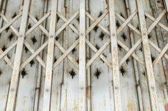 ståldörrtexturer Arkivbilder