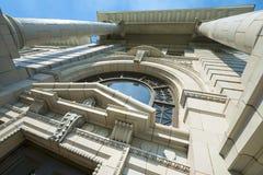 Ståndsmässig domstolsbyggnad i Missoula, Montana Entrance Upward Royaltyfri Fotografi