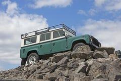 Ståndsmässig herrgårdsvagn för Land Rover jeep arkivbild