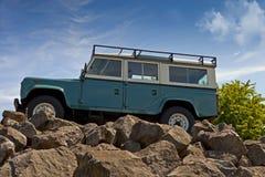 Ståndsmässig herrgårdsvagn för Land Rover jeep arkivbilder