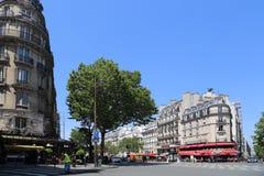 Stång för gatahörn i Paris, Frankrike arkivbilder