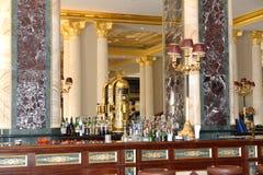 Stången i det lyxiga hotellet för den Mardan slotten, är det ansedd Europa ` s mest dyr lyxig semesterort Royaltyfri Fotografi