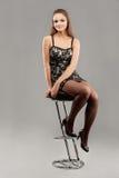 stångstolen sitter kvinnabarn Royaltyfria Foton