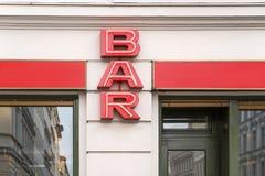 Stångtecken på en bar arkivbild