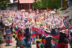 Ståta av dans för phi-Khon-Nam för regnceremonifestival Royaltyfri Foto