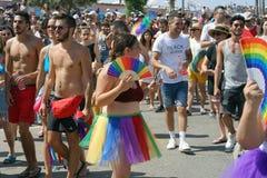 Ståta av lesbiska kvinnor och bögar folk arkivfoton