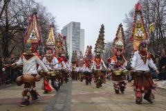 Ståta den Kukeri MummersSurva Bulgarien Fotografering för Bildbyråer