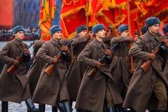 Ståta hängivet till November 7, 1941 på röd fyrkant i Moskva 75th årsdag Arkivbild