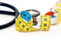 Stéthoscope et bande de mesure Image stock