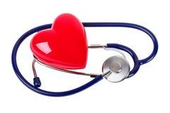 Stéthoscope médical et coeur rouge Image libre de droits