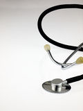 Stéthoscope médical sur un fond blanc Image stock