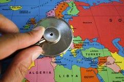Stéthoscope sur l'Europe Images libres de droits