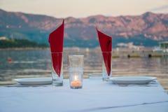 Stół dla blasku świecy Fotografia Royalty Free